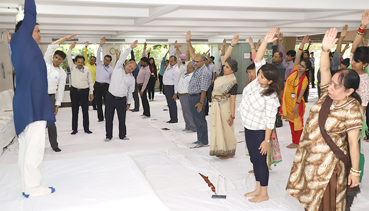 EIL celebrates 5th International Day of Yoga